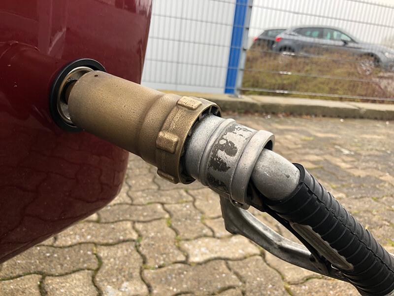 Wohnmobil-Peugeot-Boxer-Globetraveler-58-Liter-Brenngastank-LPG-Autogas-2