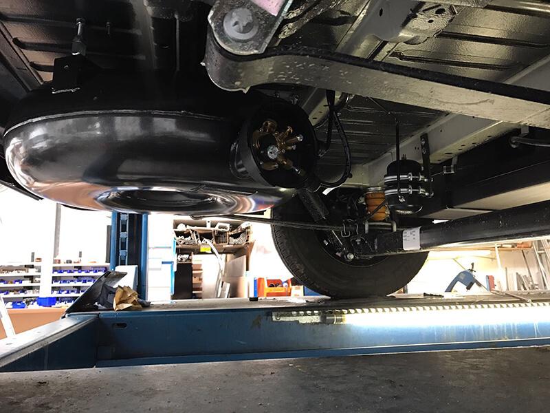 Wohnmobil-Peugeot-Boxer-Globetraveler-58-Liter-Brenngastank-LPG-Autogas-22