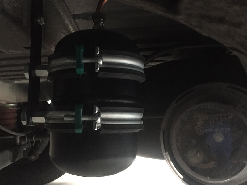 Wohnmobil-Peugeot-Boxer-Globetraveler-58-Liter-Brenngastank-LPG-Autogas-34