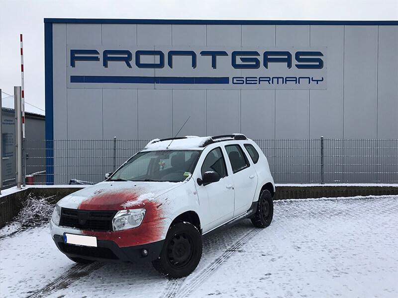 Autogas-Umruestung-LPG-Frontgas-Dacia-Duster-Titelbild