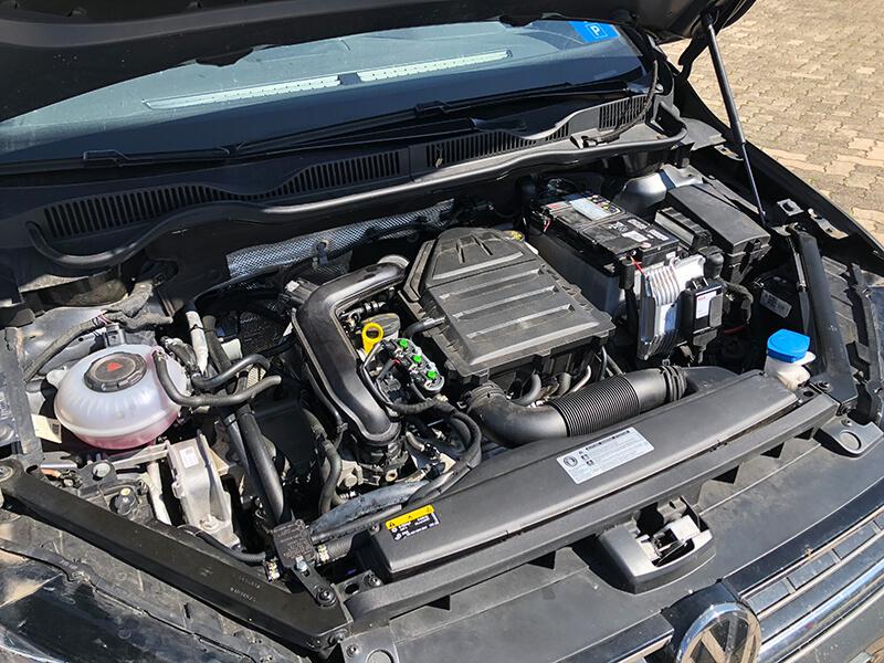 Autogas-Umruestung-LPG-Frontgas-Vw-Golf-Sportsvan-10-Landirenzo-5