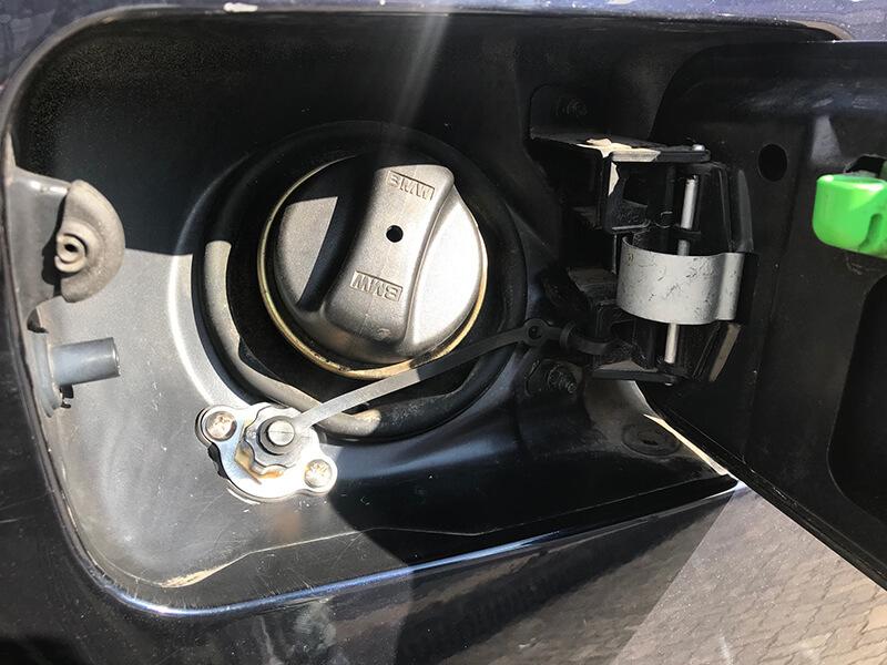 Autogas-Umruestung-LPG-Frontgas-BMW-X5-3.0-3