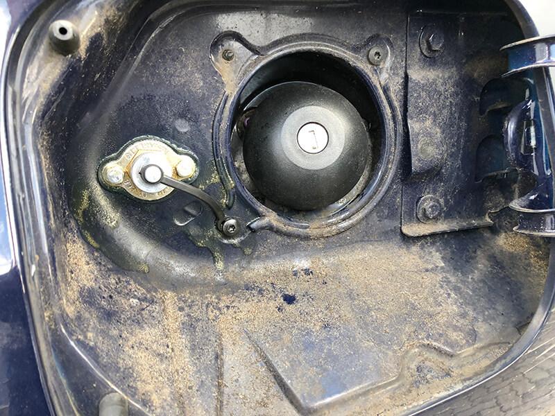 Autogas-Umruestung-LPG-Frontgas-Dacia-Duster-Landirenzo-4