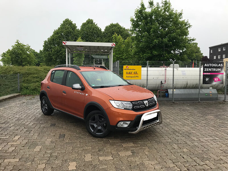 Autogas-Umruestung-LPG-Frontgas-Dacia-Sandero-Landirenzo-Titelbild