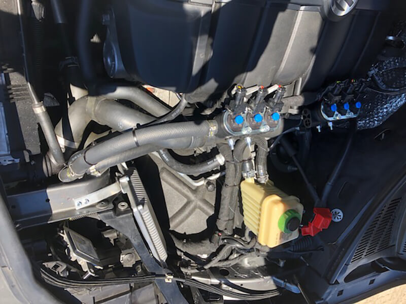 Autogas-Umruestung-LPG-Frontgas-Vw-Touareg-V6-3