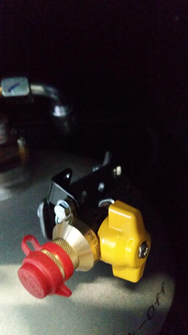 Autogas-LPG-Tankflasche-Festeinbau-Tuev-Hymer-Camp-55-Alugas-Travelmate-... - Kopie (9)