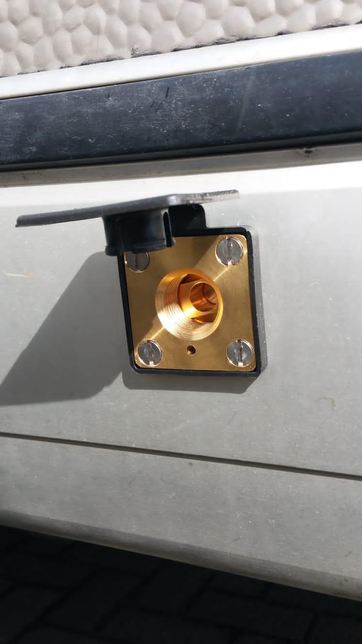 Autogas-LPG-Tankflasche-Festeinbau-Tuev-Hymer-Camp-55-Alugas-Travelmate-...
